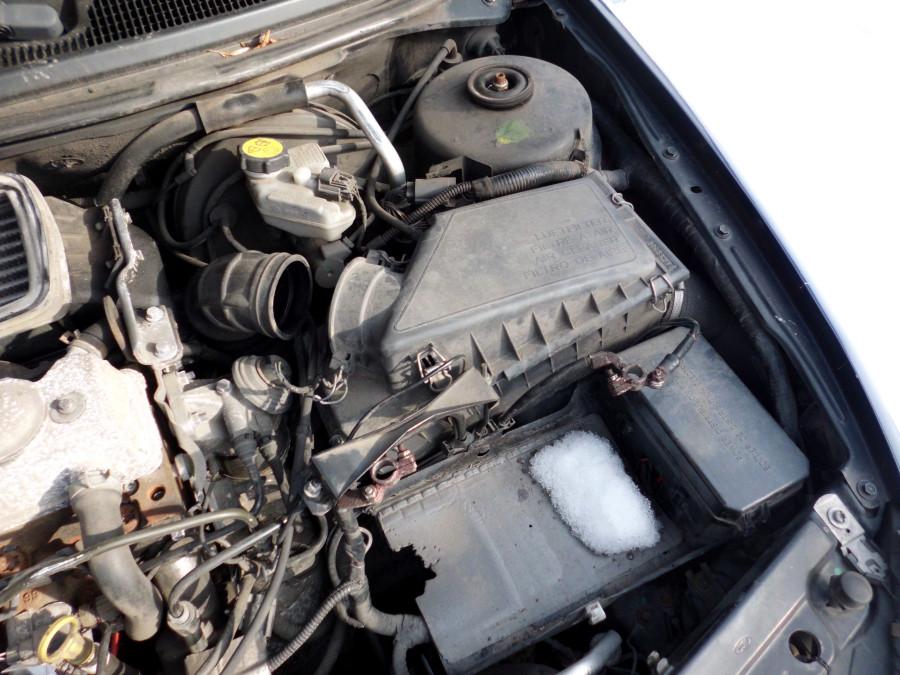 Luftfilter wechseln im Auto