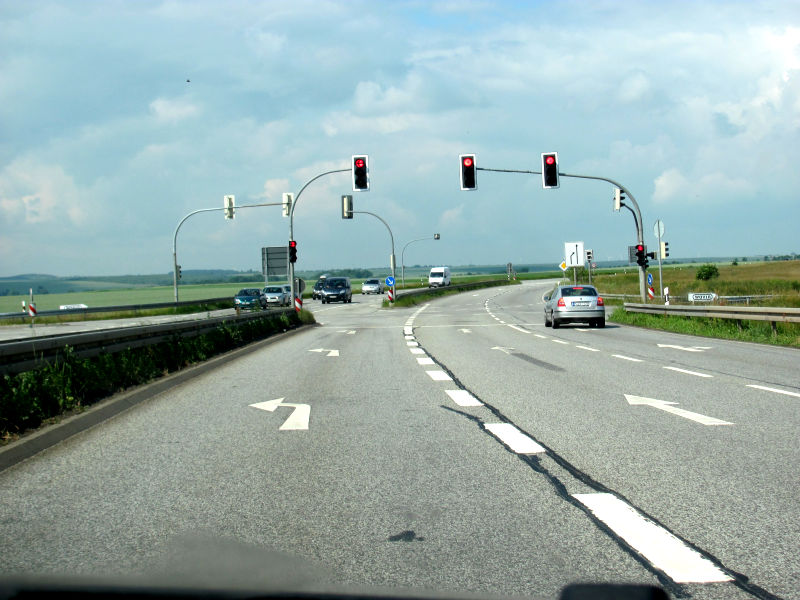 Kreuzung B81 Egeln Ampel