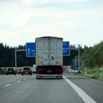 Vorwegweiser auf der Autobahn nicht sichtbar
