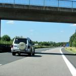 Linksfahrer auf der Autobahn