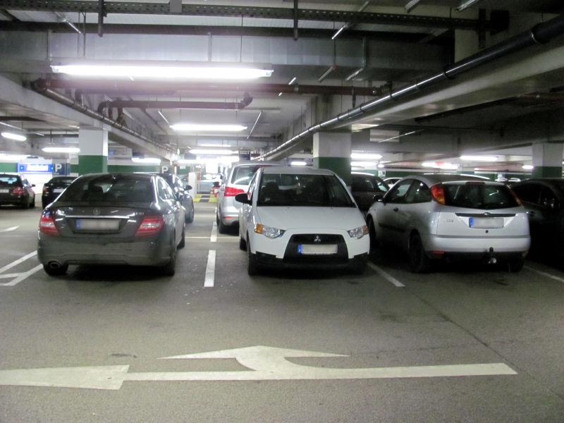 Parkhaus leicht einparken
